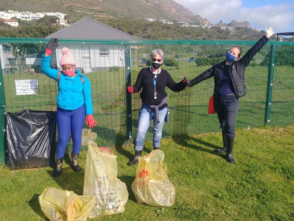 marina-litter-clean-up